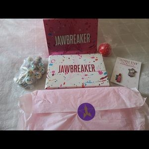 New jawbreaker palette jeffree star cosmetics